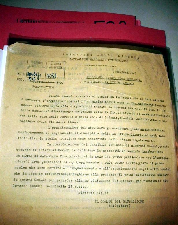 """Documento di Archivio (v. Fonti) con cui Antonio Cabrelli """"Salvatore"""" informa il Comando IV Zona Operativa della avvenuta costituzione del Battaglione """"Pontremolese"""" (30-1-1945)"""