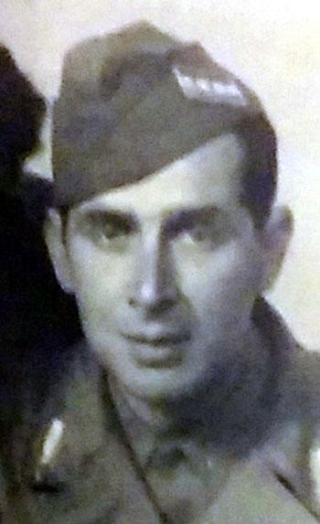 """Franco Colombo """"Carli"""", ultimo Comandante della Colonna """"Giustizia e Libertà"""". Rielaborazione da una fotografia dell'Archivio Fotografico I.S.R. della Spezia."""