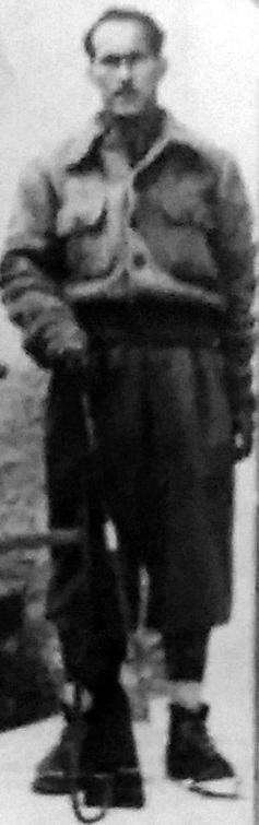 """Luciano Albertini """"Giovanni"""", Comandante della Brigata Garibaldi """"A. Gramsci"""" (rielaborazione fotografia Archivio I.S.R. La Spezia)"""